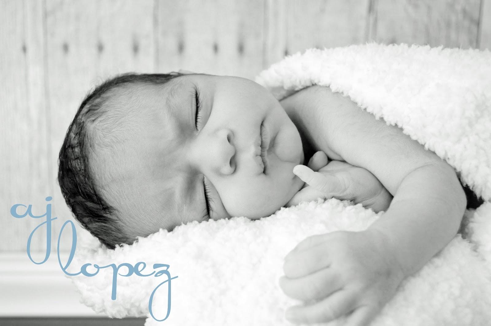 Quaintly Garcia: DIY Newborn Photography