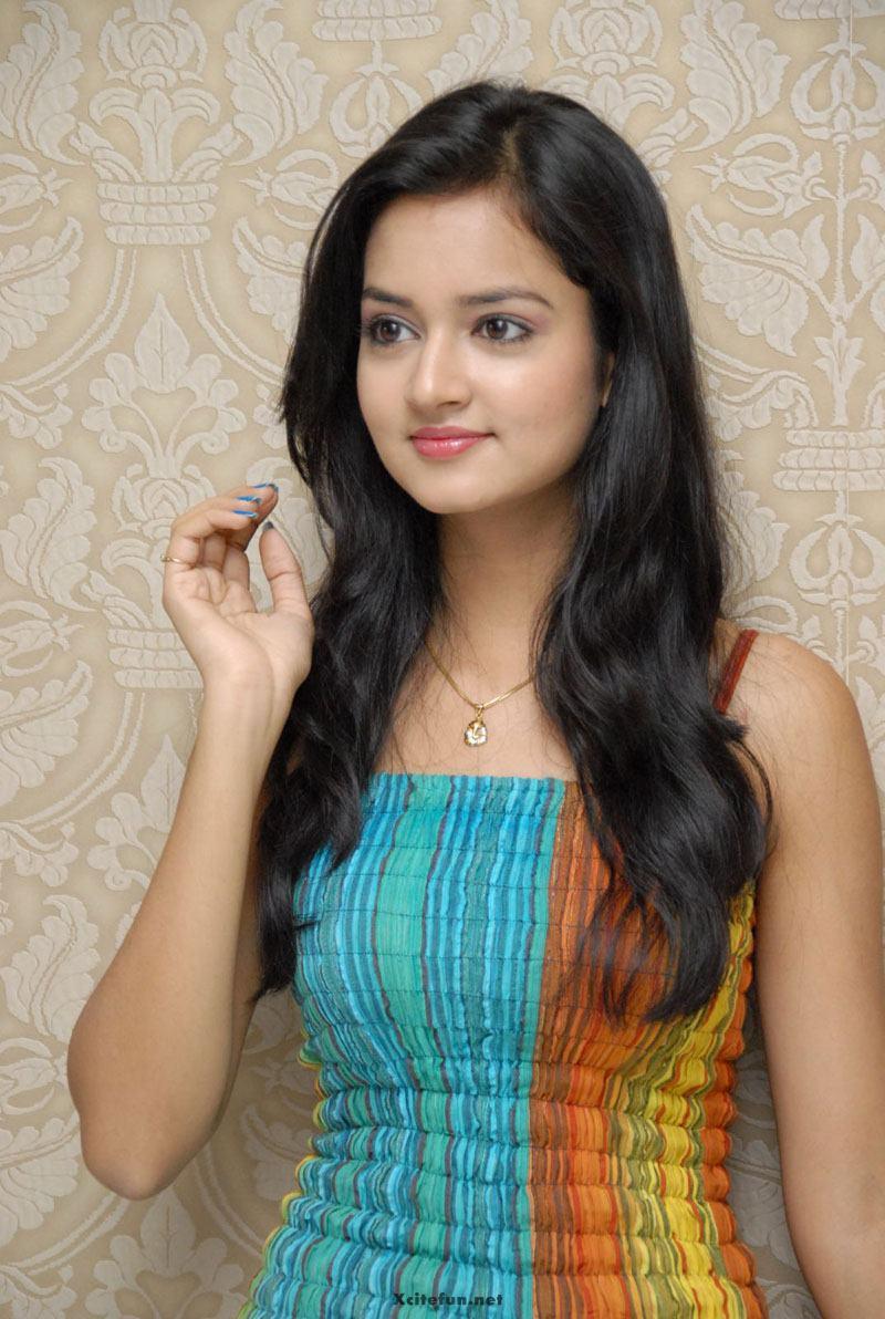 Cute Indian Actress Sanvi Beautiful Photos