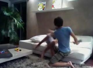 Abang terlampau ganas marah kejam jahat