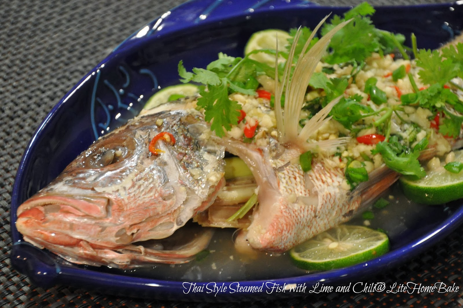 Let 39 s cook thai steamed snapper with lime sauce lite for Cooking with fish sauce