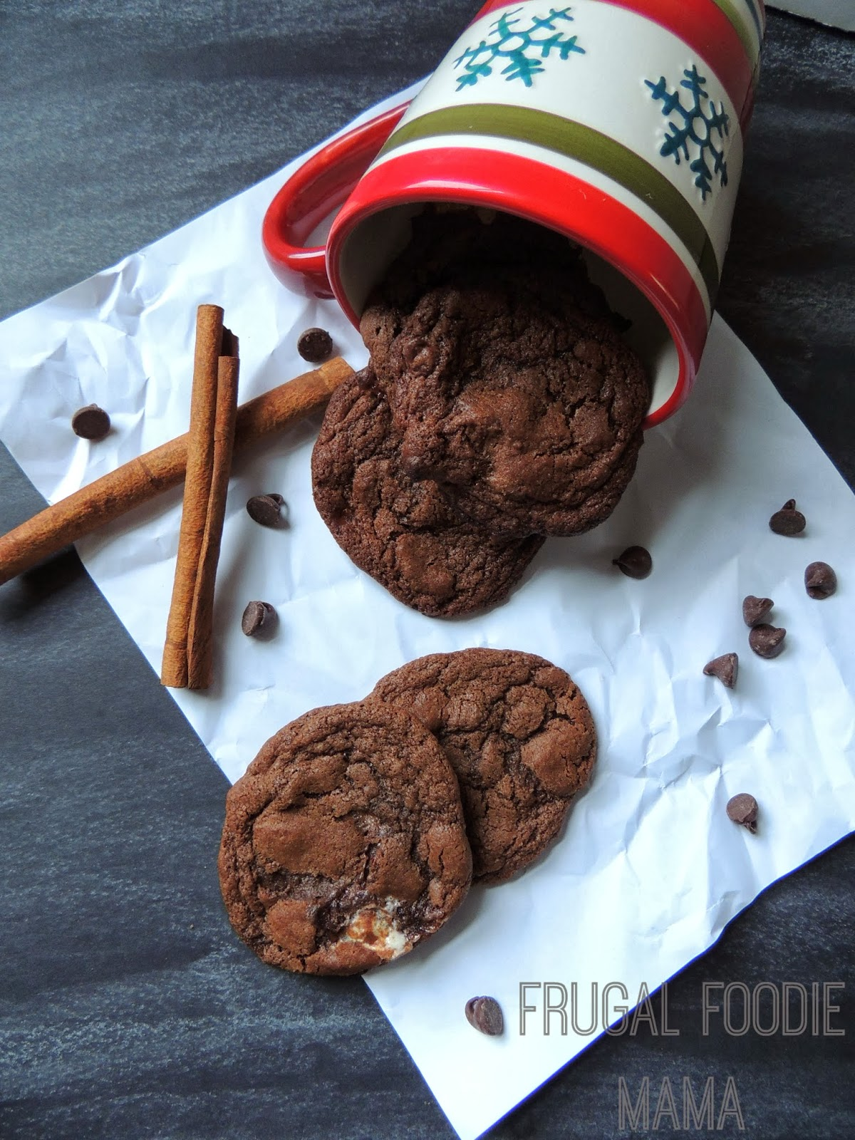 Mexican Hot Chocolate Cookies via thefrugalfoodiemama.com
