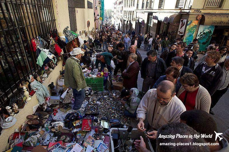 Sunday market in Madrid, El Rastro, interesting markets in the world