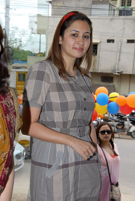 jwala gutta in public event latest photos