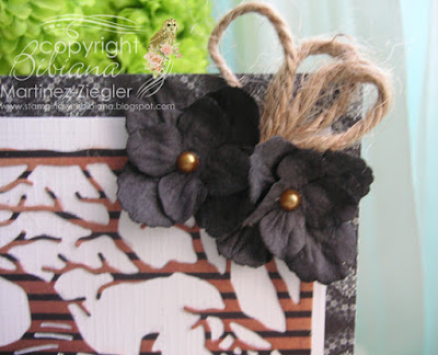 halloween twisted easel card detail flowers with petaloo flowers