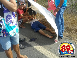 Populares encontram homem caído as margens da BR 104 em Nova Floresta