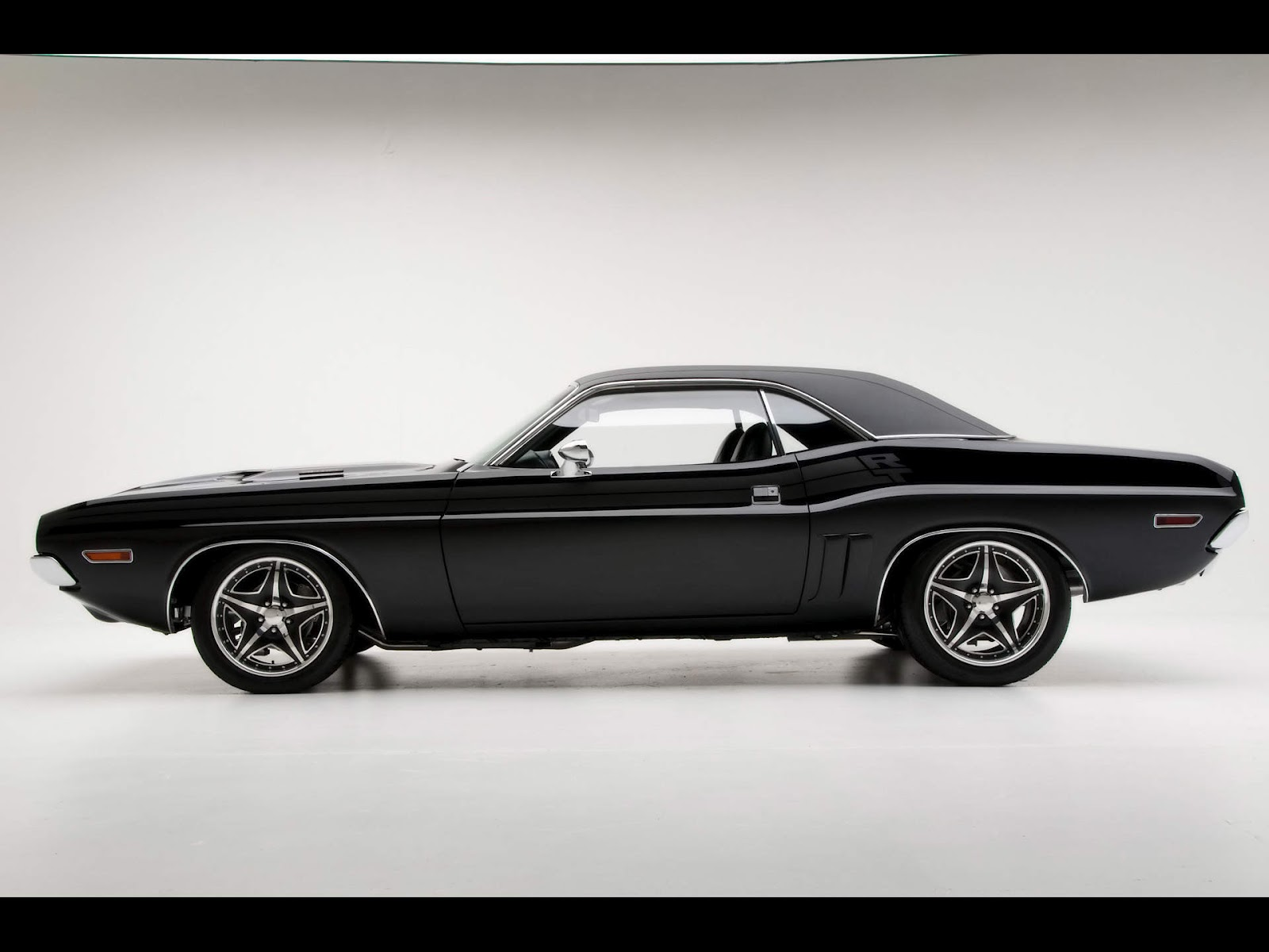 Dodge Challenger Rt Muscle Car Classic Cars Wallpapers on 1965 Dodge 4 Door Truck