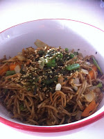 Soba noodles, vegetables and shredded nori
