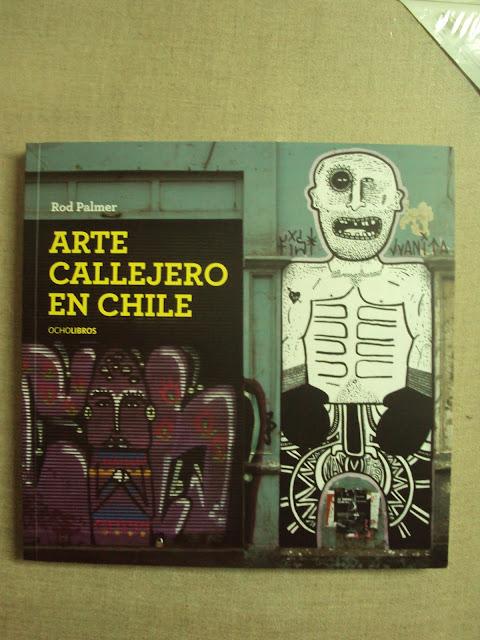 graffiti de izak en libro arte callejero en chile rod palmer