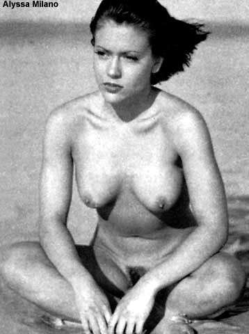 Alyssa Milano Is Busty And She Not Afraid To Show It In A Naked