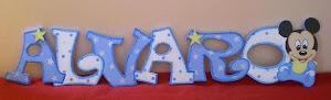 Letreros con el nombre del bebé