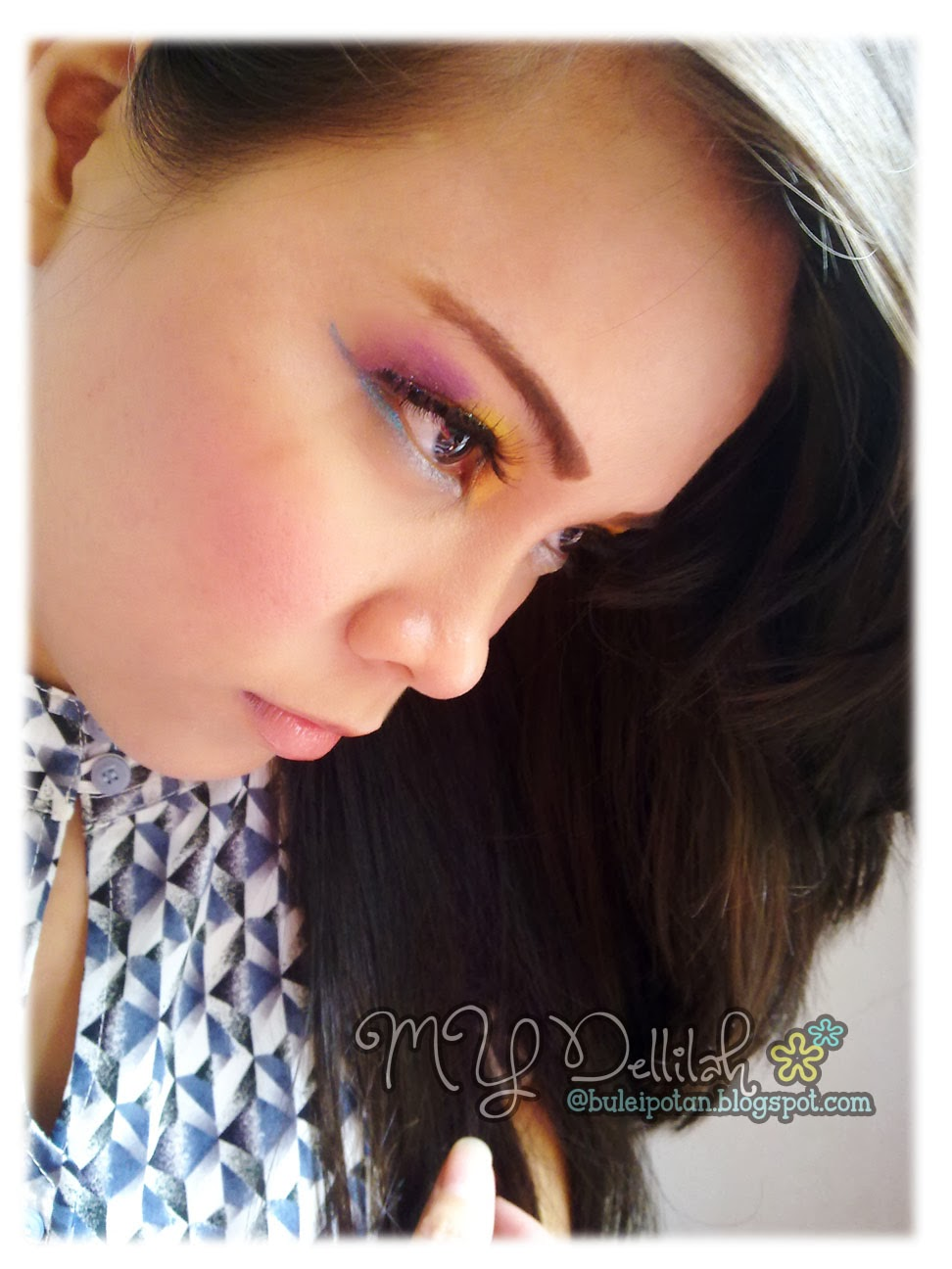 Simple Colorfull Makeup