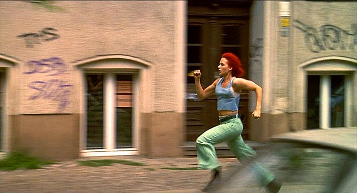 run lola run time manipulation Run lola run distinctively visual played out in virtual ' reel time ' lola rushes past each films manipulation of visual elements include the use.