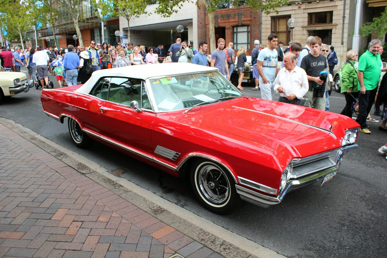 Aussie Old Parked Cars 1966 Buick Wildcat Convertible