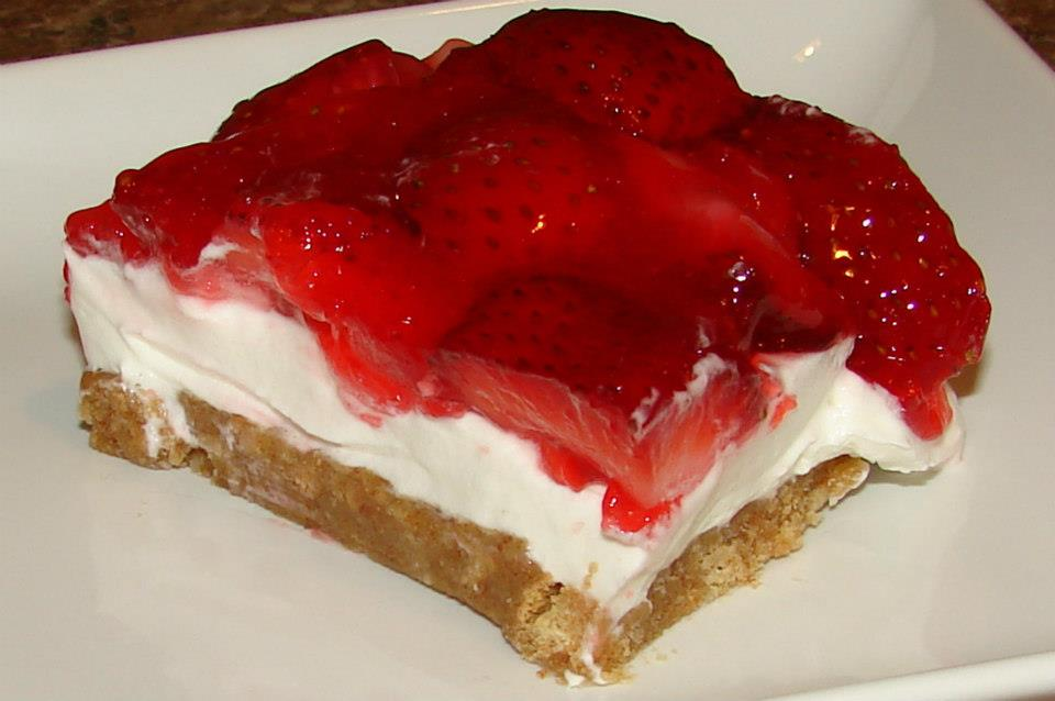 ... Brooks Blogspot: Tasty Tuesday No Bake YUMMY Strawberry Cheesecake