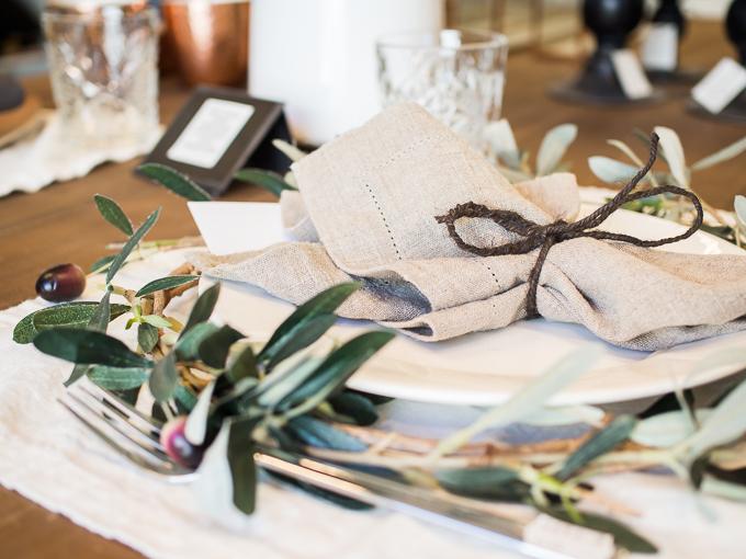 kattausidea joulupöytään kodinonni rauma kattaus