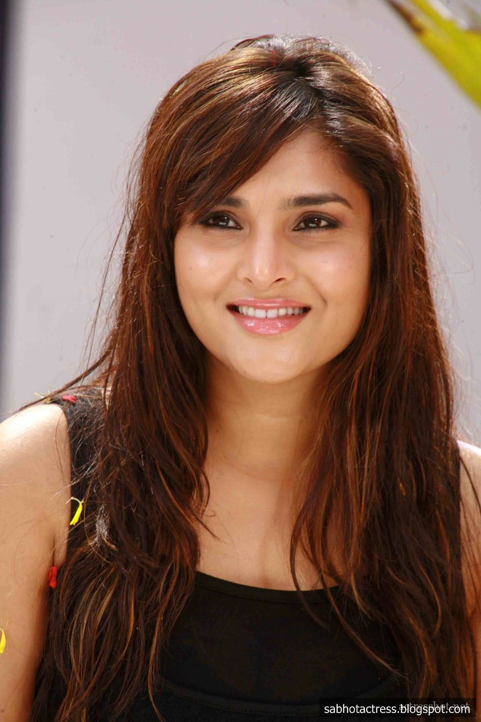 Indian Actress Wallpapers - Page 2 - HD Wallpapers