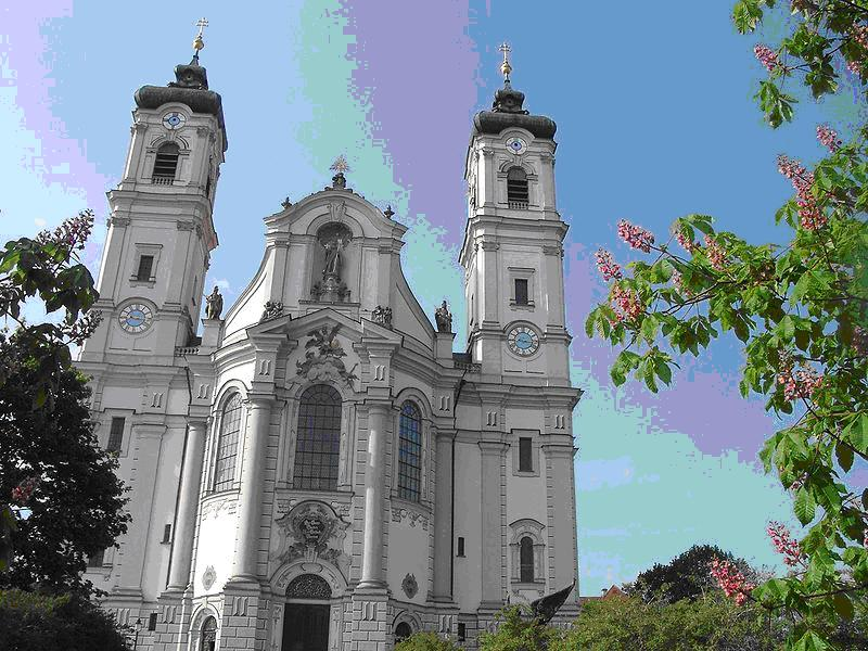 Rococo architecture of austria for Architecture rococo