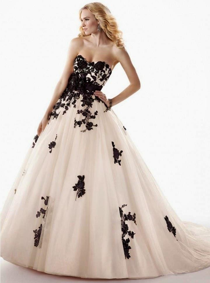 Vestido de Novia Corte A Con Flores Negras En Alto Relieve