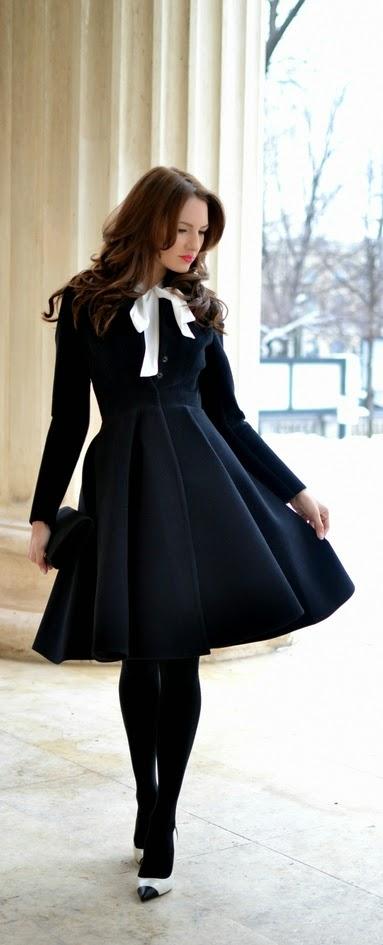 Black Frill Skirt Dress with Black Legging | Spring Street Outfits