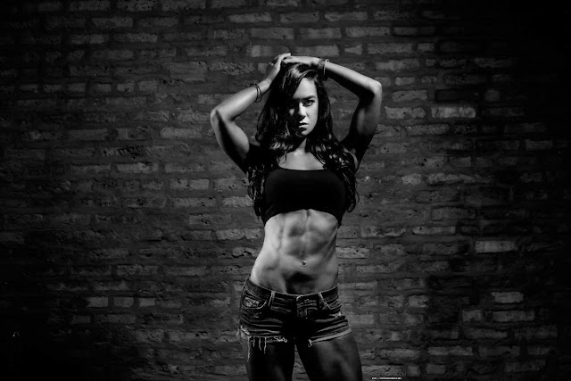 WWE Diva AJ LEE   aj brooks.com site Pictureshoot lovely 6 Pack Abs Seductive Slim Beauty