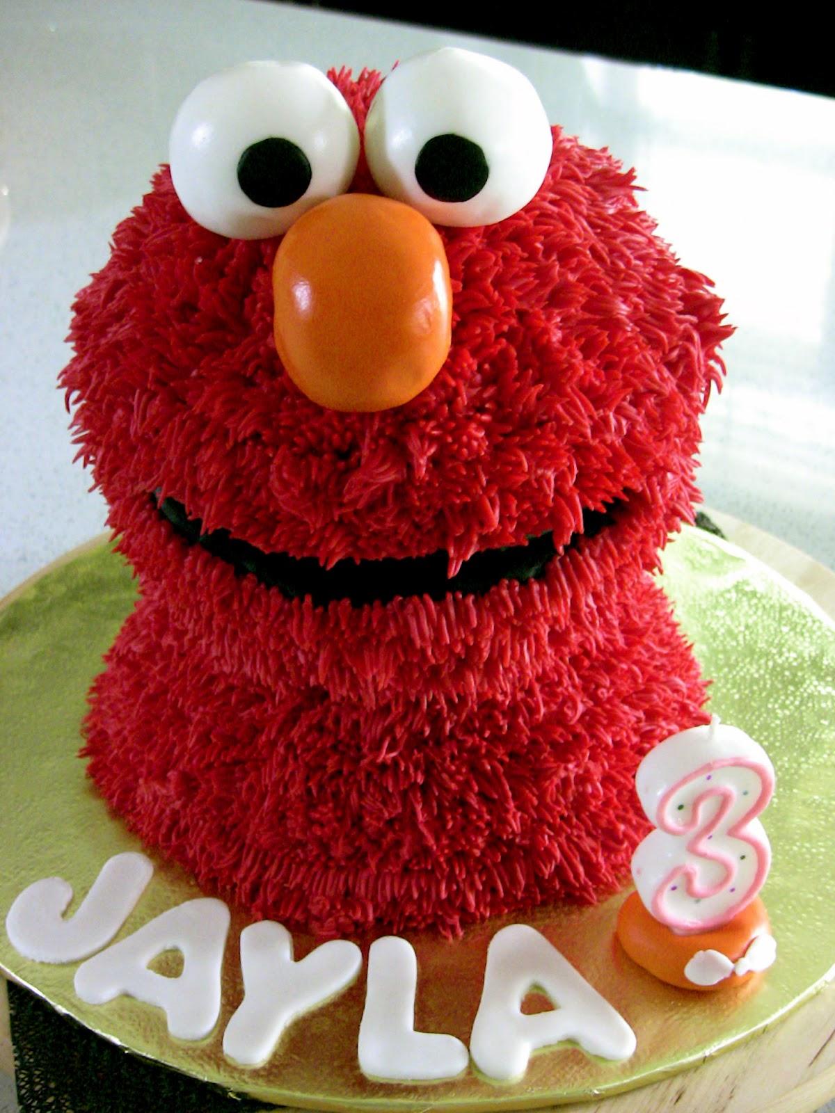 3 Dimensional Elmo Cake