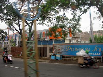 Pembangunan Plumbon Square - Kabupaten Cirebon
