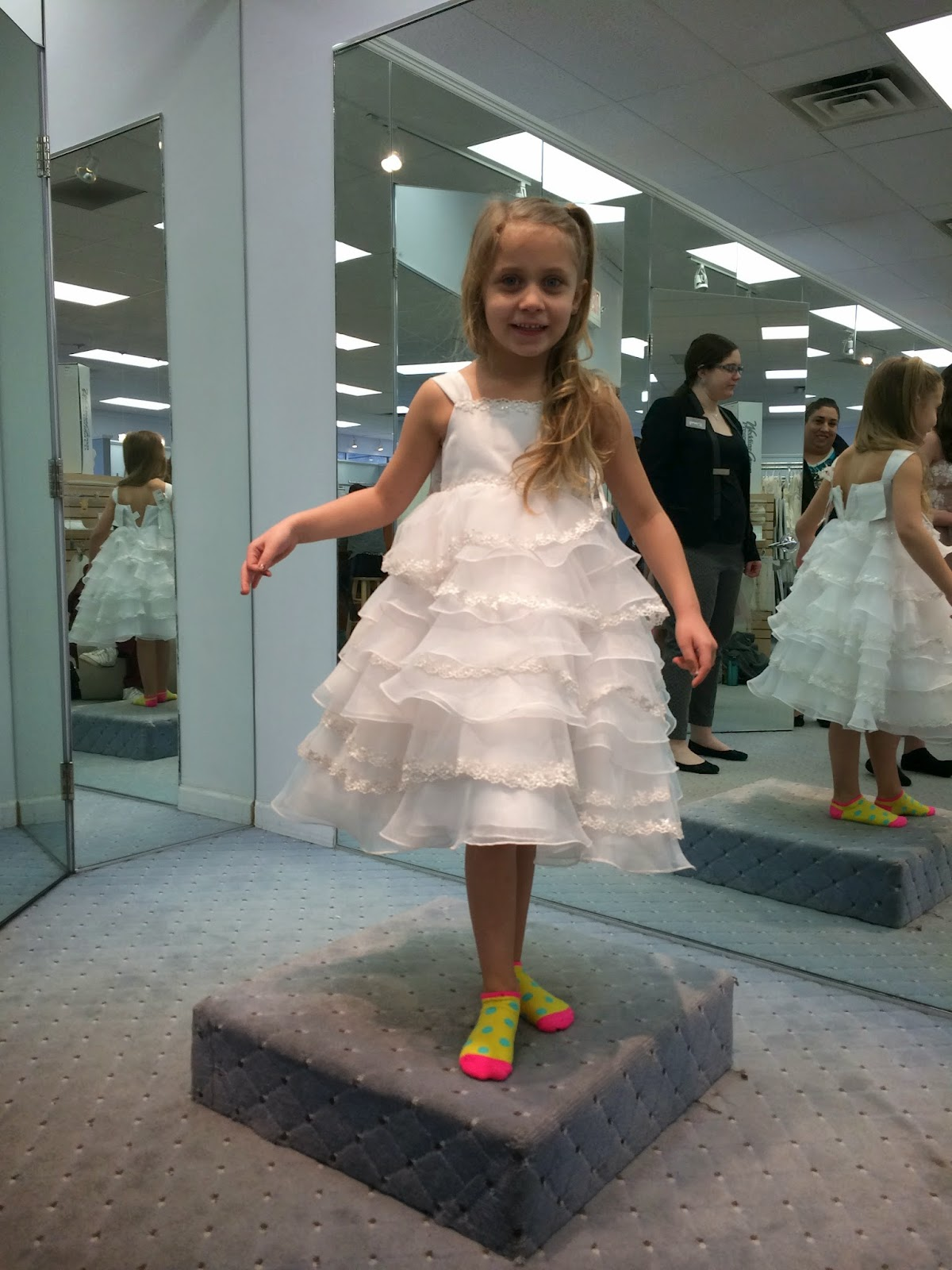 Doeblerghini Bunch:  Flower Girl Dresses - Short Layers