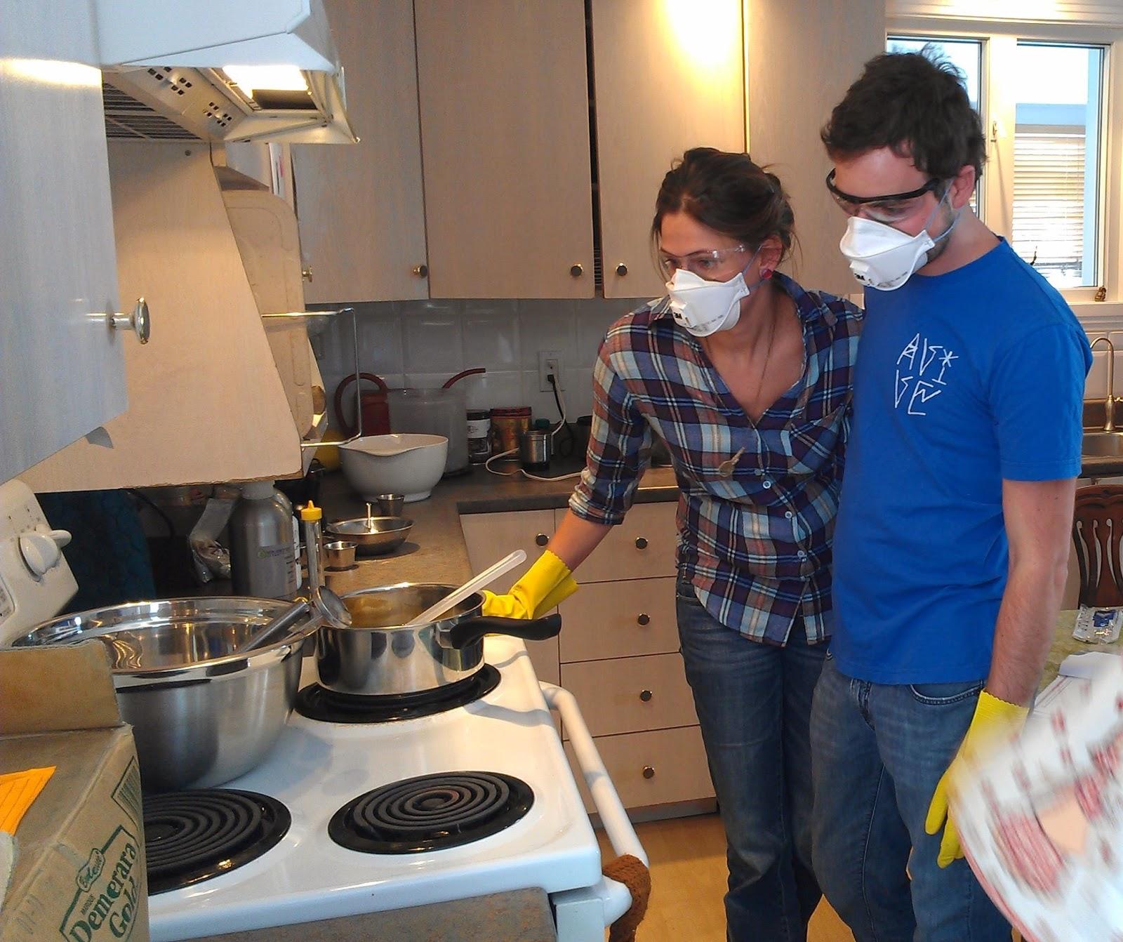 Atelier de fabrication savons et produits corporels for Fabrication d un four a pain artisanal