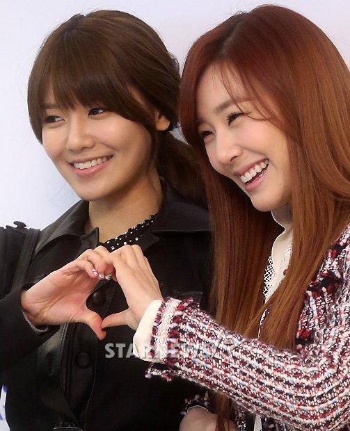 Sooyoung dan Tiffany SNSD Hadir di Pernikahan Hong Rok-gi 18