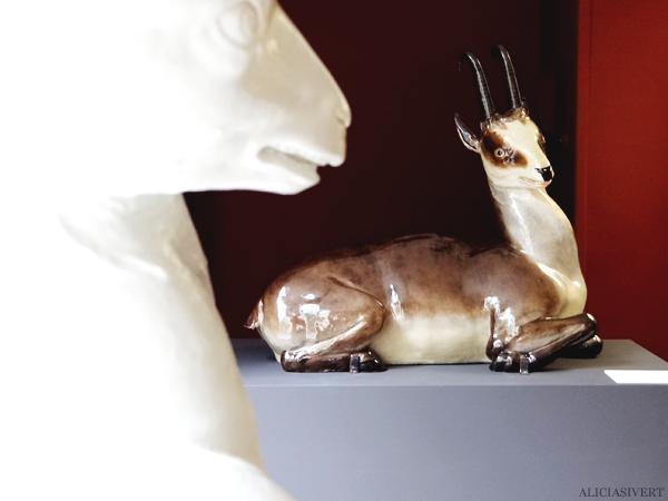 aliciasivert, Alicia Sivertsson, Rouen, France, Musée de la Céramique, normandy, frankrike, nomandie, museum, porslin, fajans, porcelain, hjort, deer