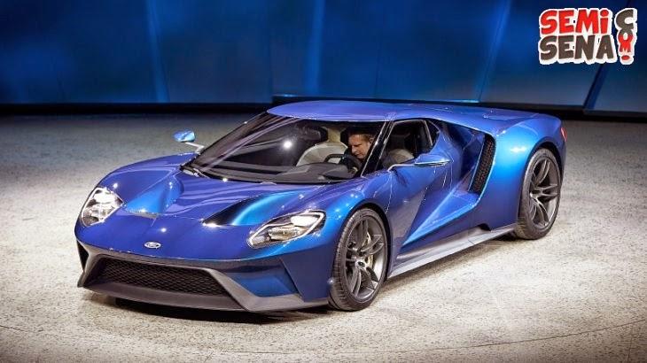 Roar-Ford-GT-Supercar-vibrate-stage-Detroit-Auto-Show