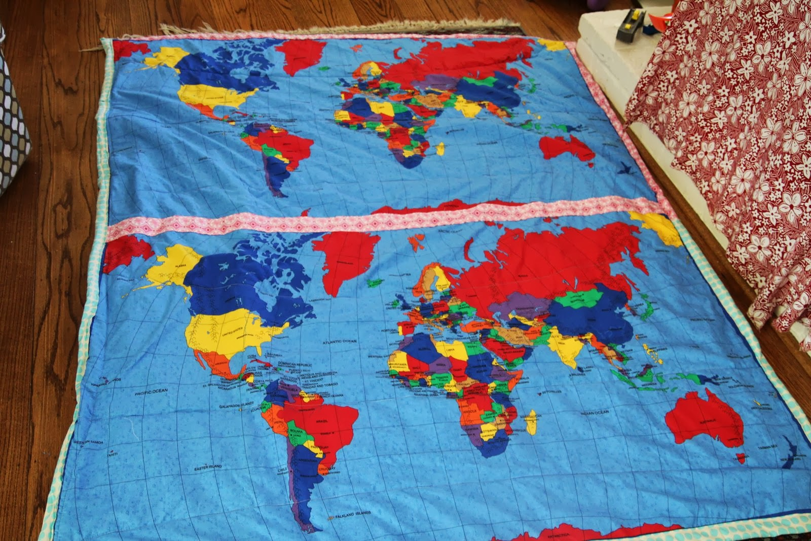 Nicolle\'s Originals: World Map Quilt