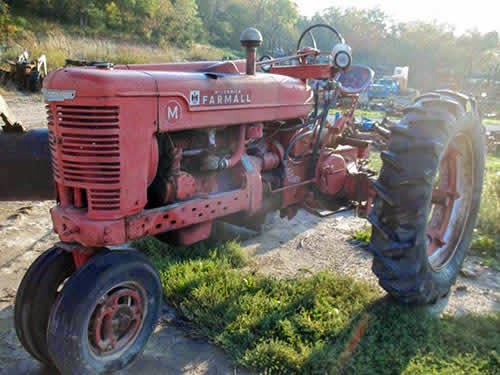 EQ-22875 International Farmall M
