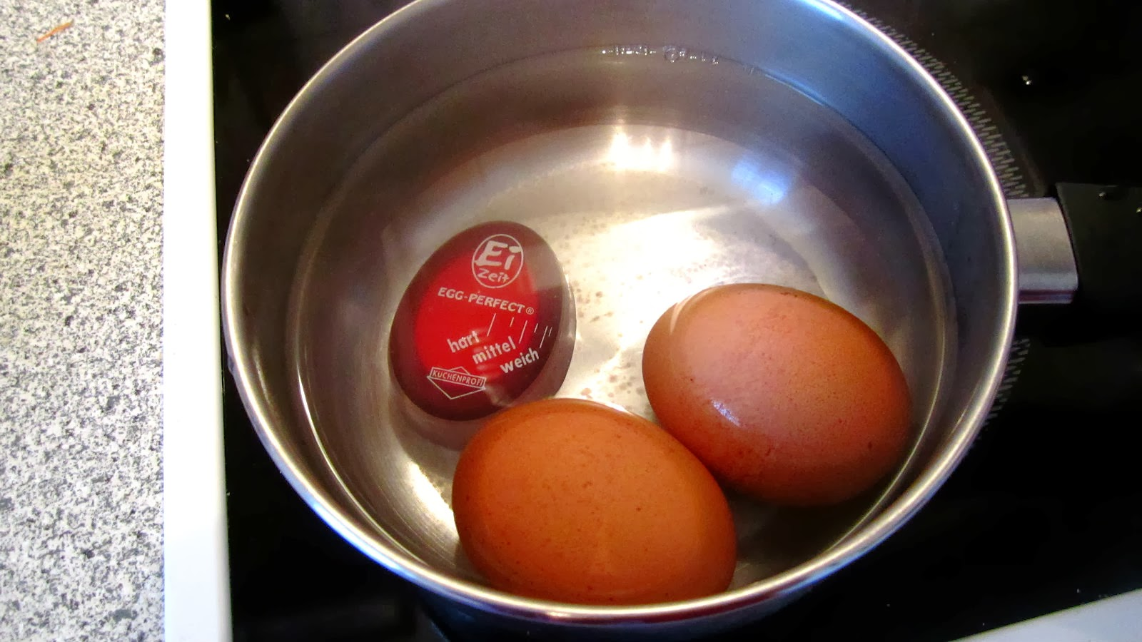 cooking soft boiled eggs