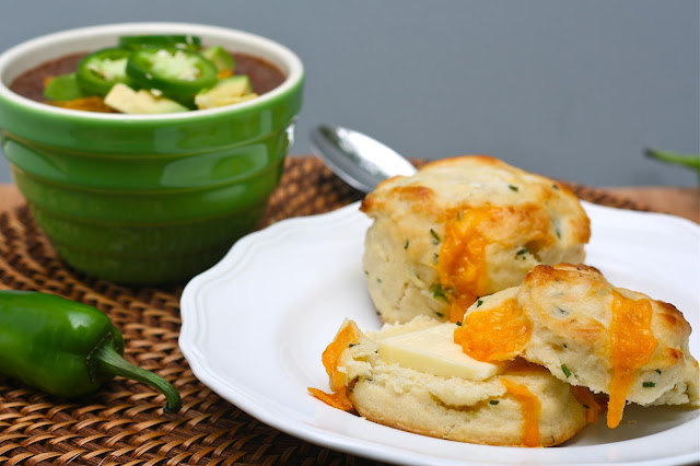 Cheddar, Chive, &amp; Jalapeno Biscuits 