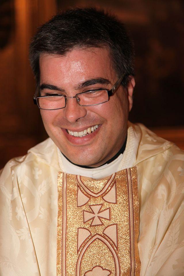 Nuestro párroco D. David Prieto lleva 3 años con nosotr@s