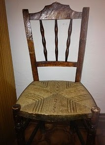 silla vieja para reciclar