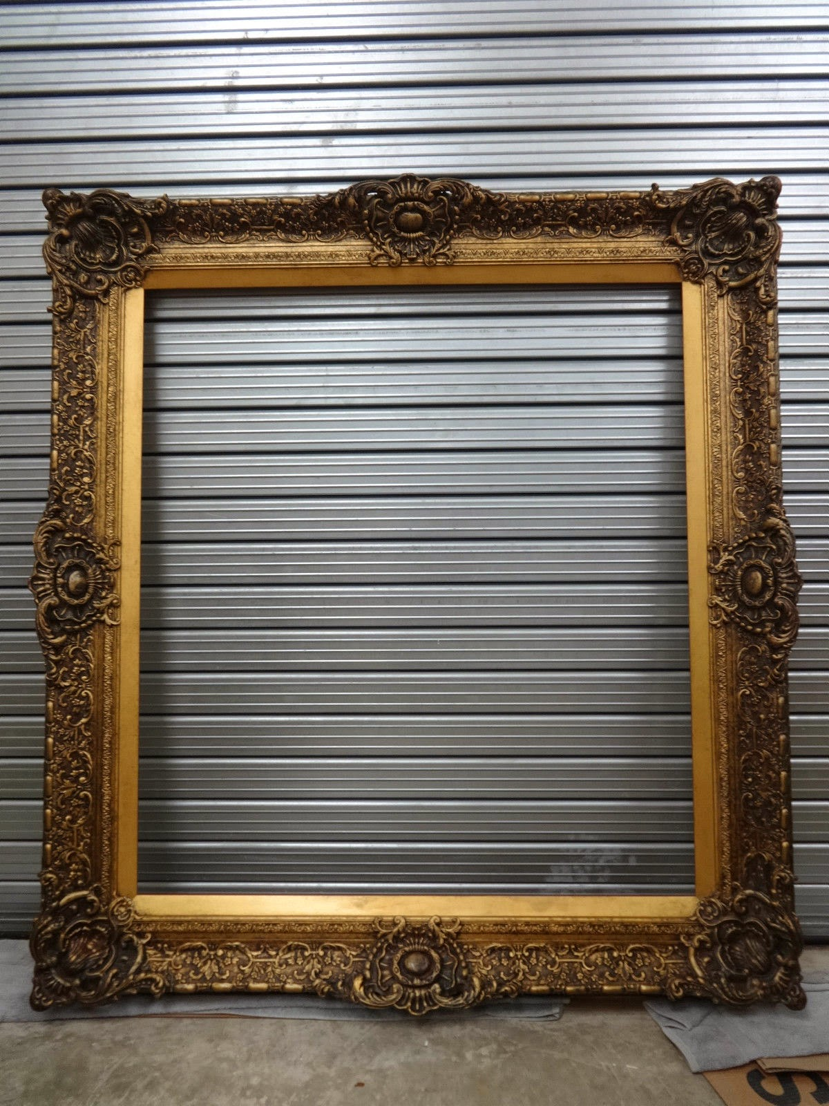 Antique frame sale huge ornate gilt frame for Large a frame