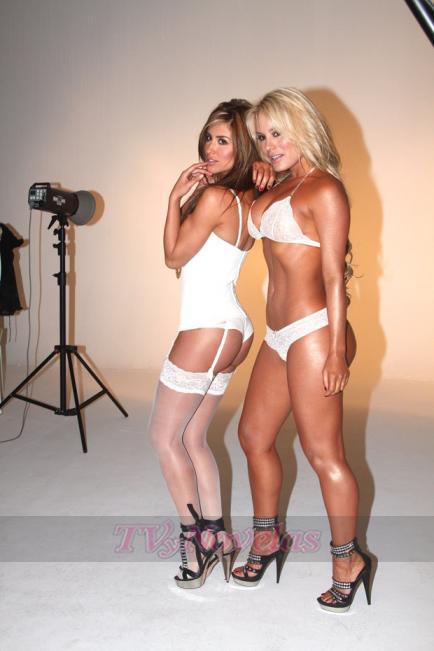 Jéssica Cediel y Maria Patricia Montoya las dos mejores colas de la TV