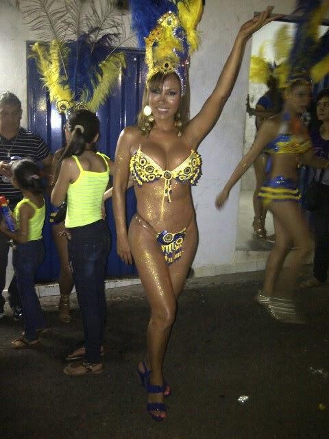 Fot Hot Penari Seksi di Carnaval Costa Asuncion 2014 di Paraguay