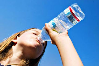 Uno de los sintomas de la diabetes es tener sed excesiva. Aprende a revertir la diabetes de forma natural