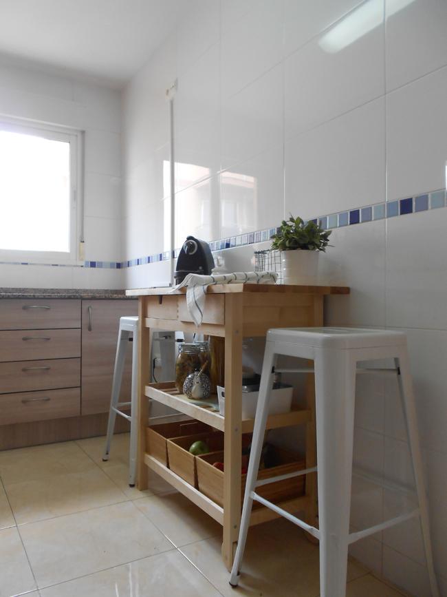 26 genial mesa auxiliar cocina ikea im genes - Cocina pequena ikea ...