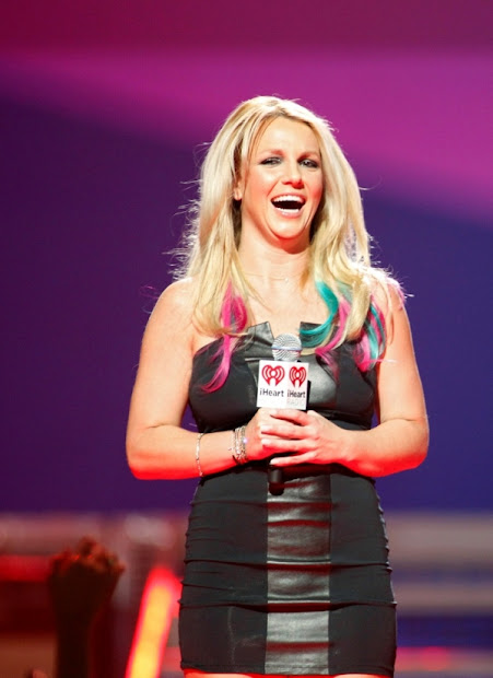 chatter busy britney spears hair