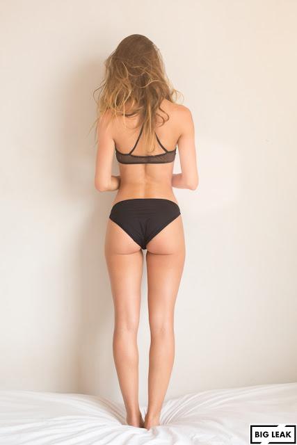pataleta negra Ana Lucía Blaksley mostrando espalda