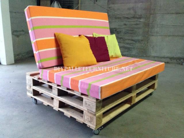 Sof m vil con palets - Como hacer un sofa de palets ...