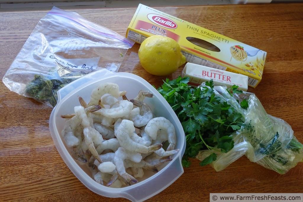 ... www.farmfreshfeasts.com/2014/05/shrimp-and-garlic-scape-scampi.html