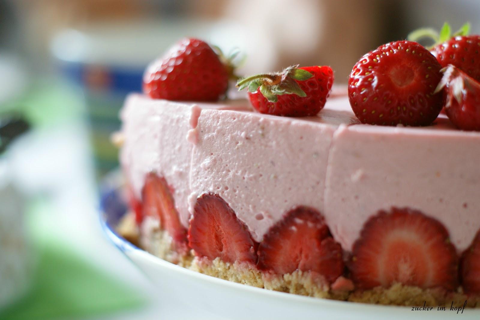 zucker im kopf strawberrylove no bake erdbeer cheesecake von fr ulein klein. Black Bedroom Furniture Sets. Home Design Ideas