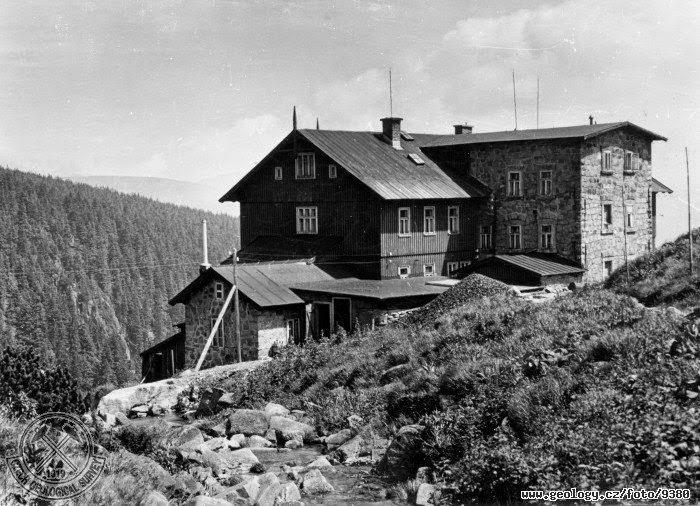Historická fotografie Labské boudy