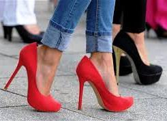 Sering Memakai High Heels Memicu Risiko Kerusakan Saraf Lebih Tinggi