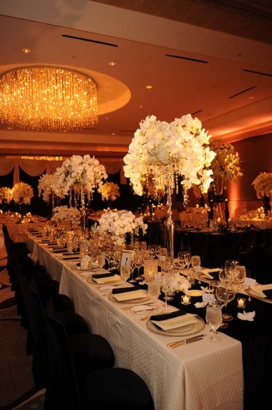 Yanisell 39 s blog for loads more great ideas on table names for Cloud centerpieces